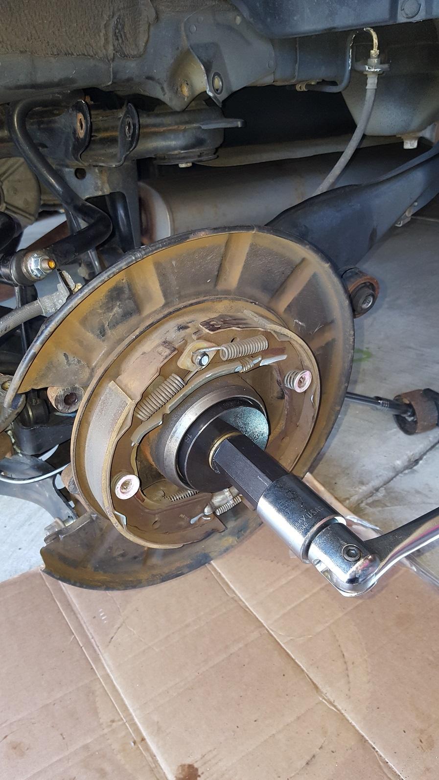 Honda pilot wheel bearing replacement