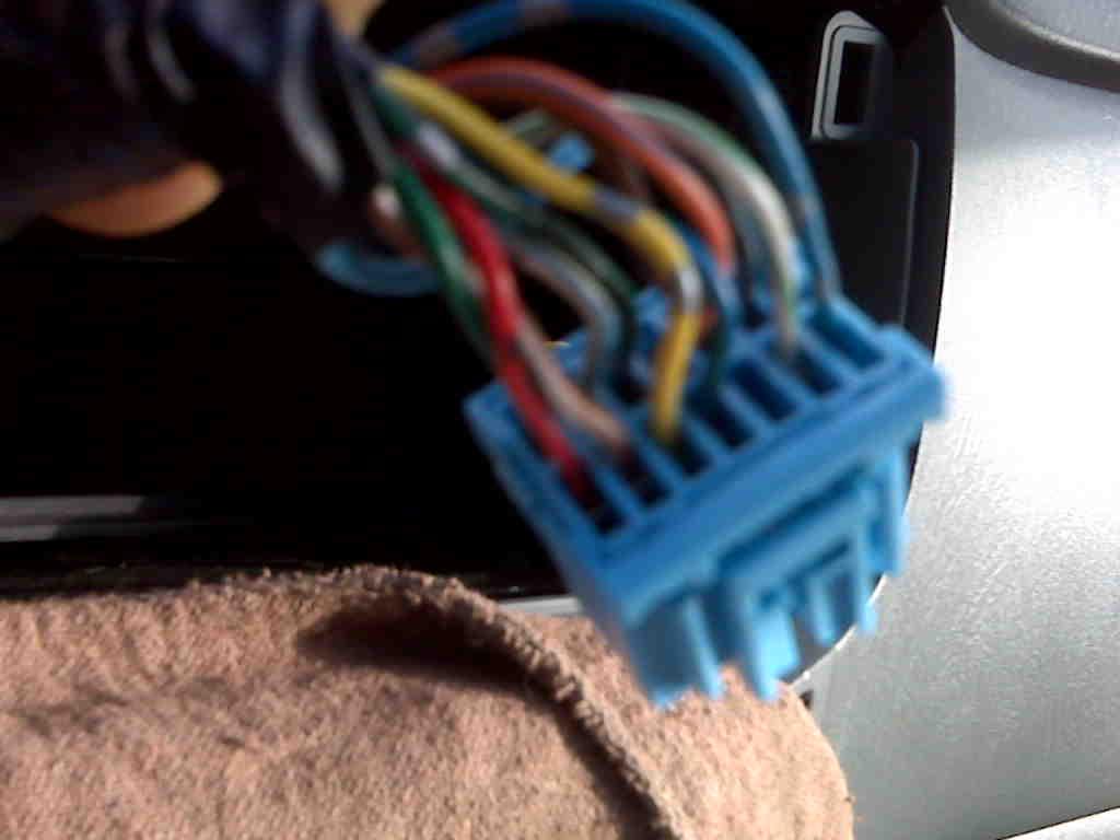 36503d1296013392 2005 pilot 14 pin cd changer connector aux ex ex l lx 14 pin connector harness 1 2005 pilot 14 pin cd changer connector, aux, ex, ex l, lx honda  at panicattacktreatment.co