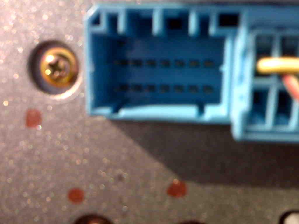 36504d1296013392 2005 pilot 14 pin cd changer connector aux ex ex l lx 14 pin connector 2005 pilot 14 pin cd changer connector, aux, ex, ex l, lx honda  at panicattacktreatment.co