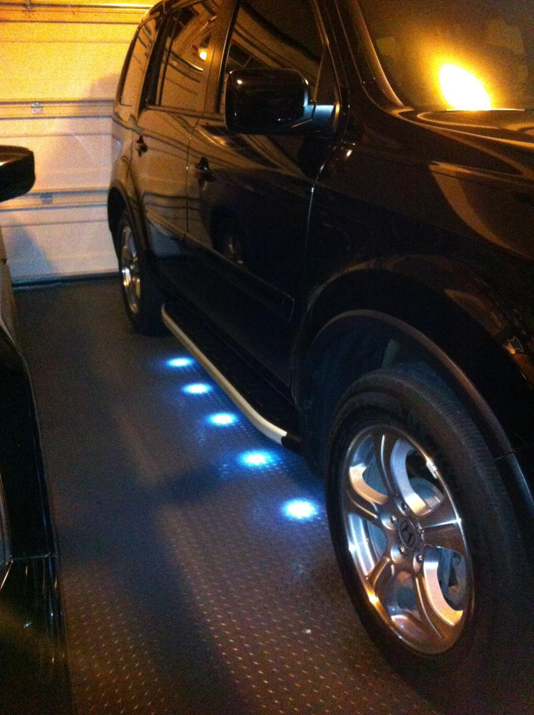 Running boards with LED Puddle Lights - Honda Pilot ...