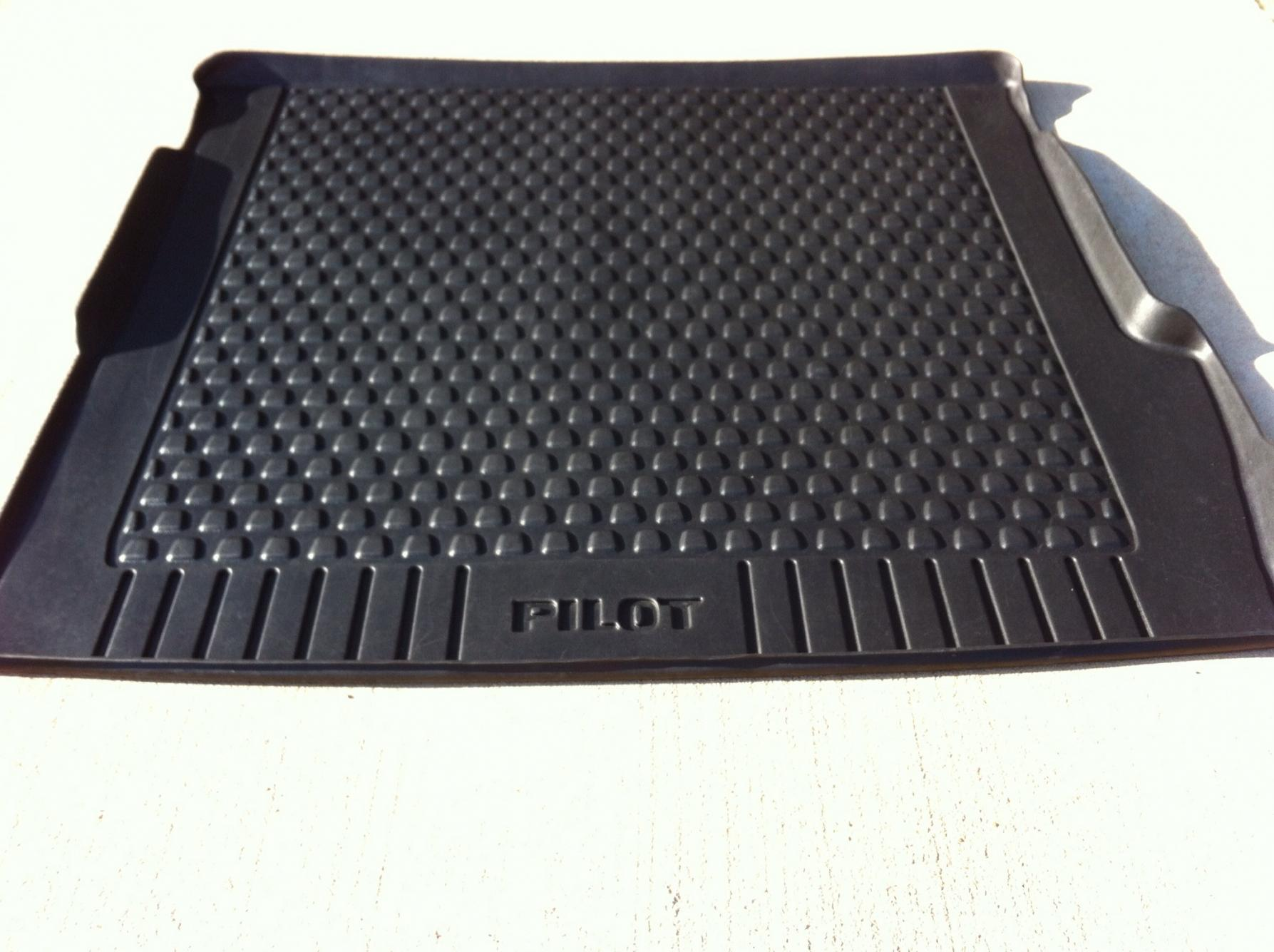 FS - 2009-2013 Honda Pilot Weather Tech Mats / Cargo Mat/ Cargo Cover-img_2183.jpg
