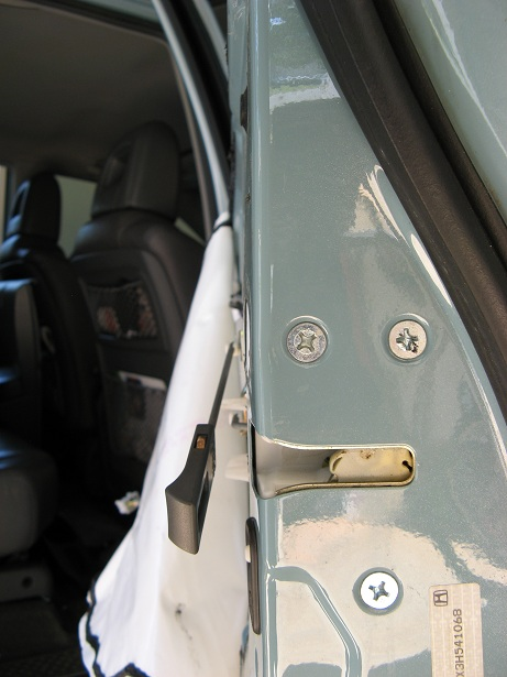 Honda Pilot replace door lock actuator rear door-img_8475.jpg