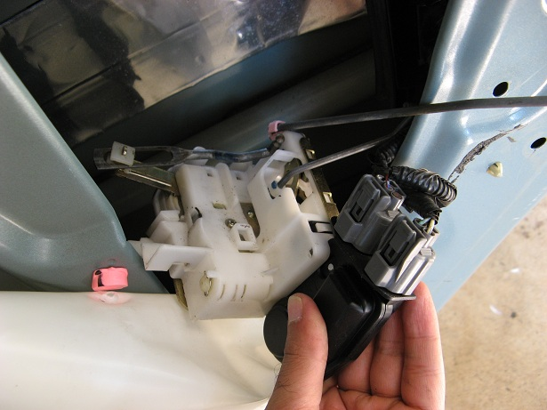 Honda Pilot replace door lock actuator rear door-img_8480.jpg
