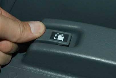 File Type: jpg pilot gas door lever.jpg (8.8 KB, 6622 views)