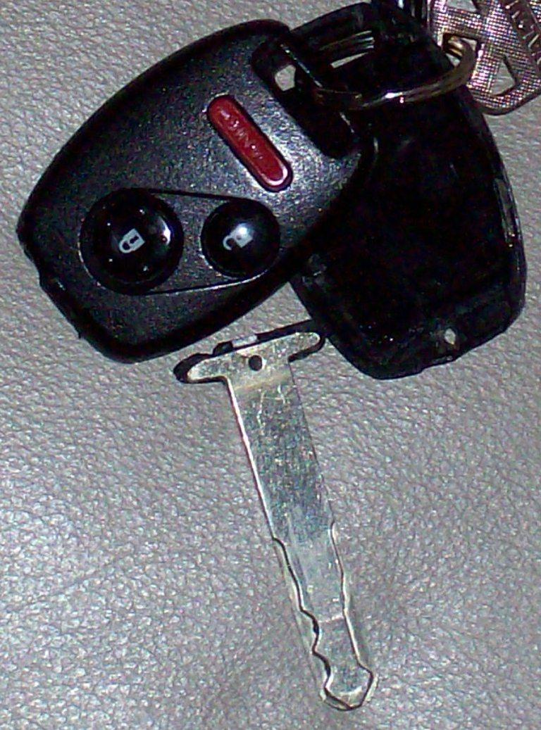 2006 Pilot Key/Key Fob   Honda Pilot - Honda Pilot Forums